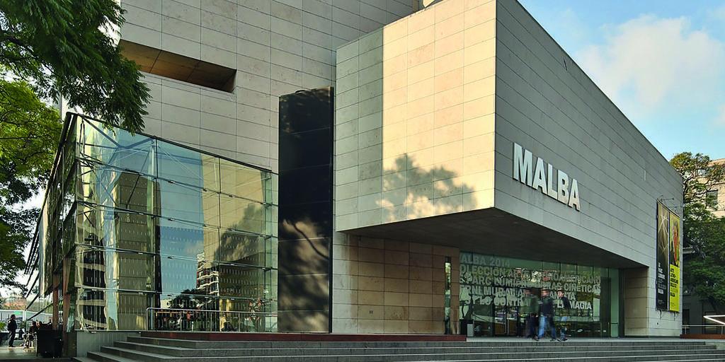 Museo de Arte Español Enrique Larreta interior
